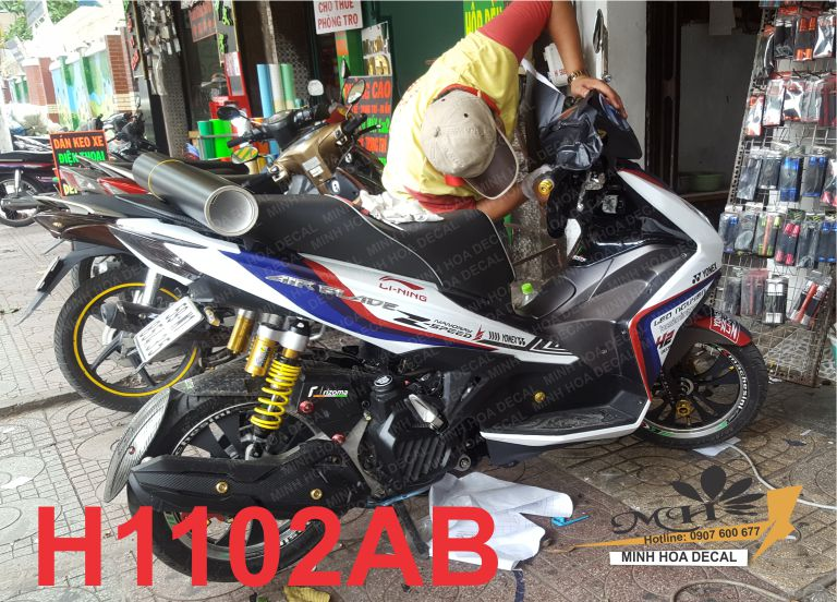 tem-air-blade-2013-2014-minhhoadecal.com-dan-xe-chuyen-nghiep-thiet-ke-tem-che-dep-MINHHOADECAL.COM-h1102ab